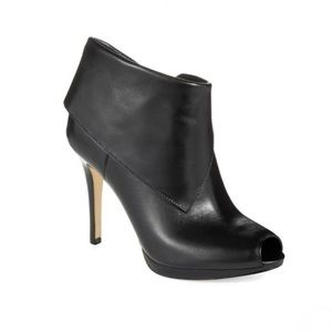 Micheal Kors | Kendra Open Toe Booties